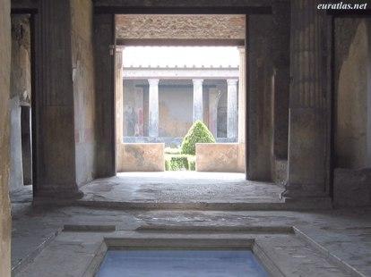 Eon image domus pompeii domus in pompeii for Domus interieur