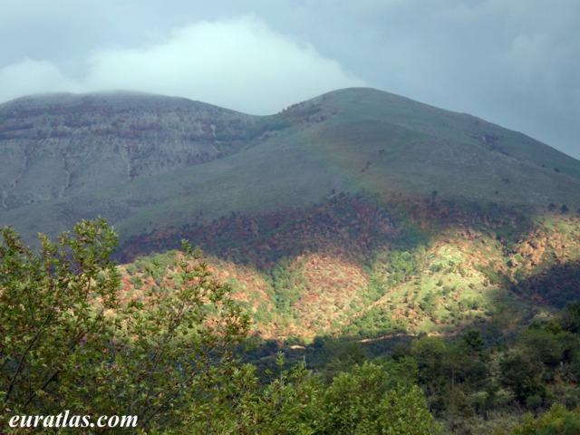 Cliquez ici pour télécharger Albanian Rainbow