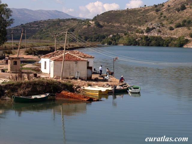 Cliquez ici pour télécharger The Ferryman of Butrint